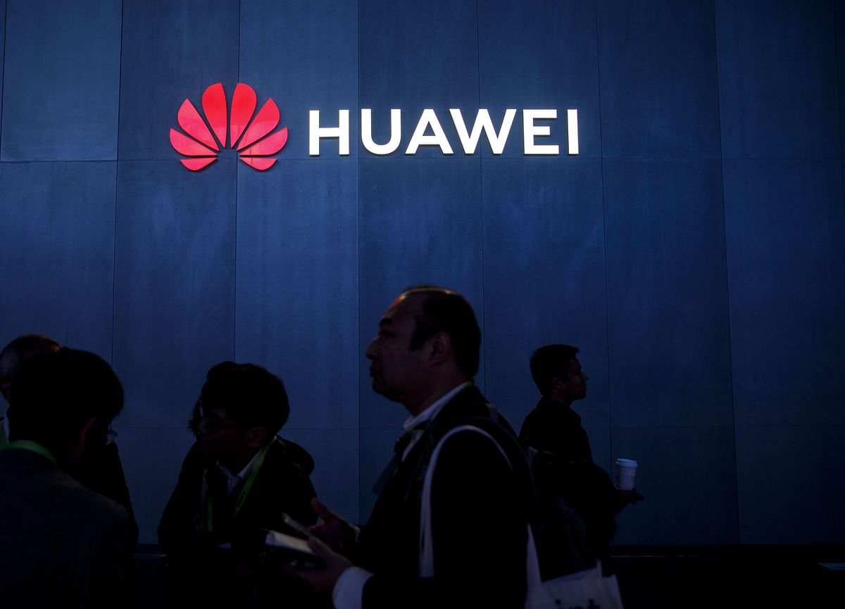 Banning Huawei Could Make U.K. Networks Less Secure, MPs Say