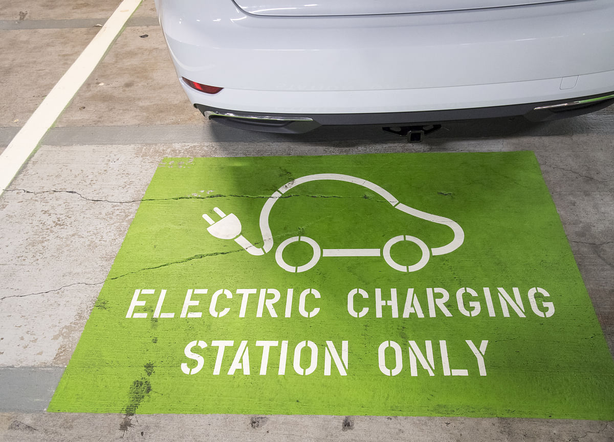 VW Is Setting Up Electric Car Charging Stations in China