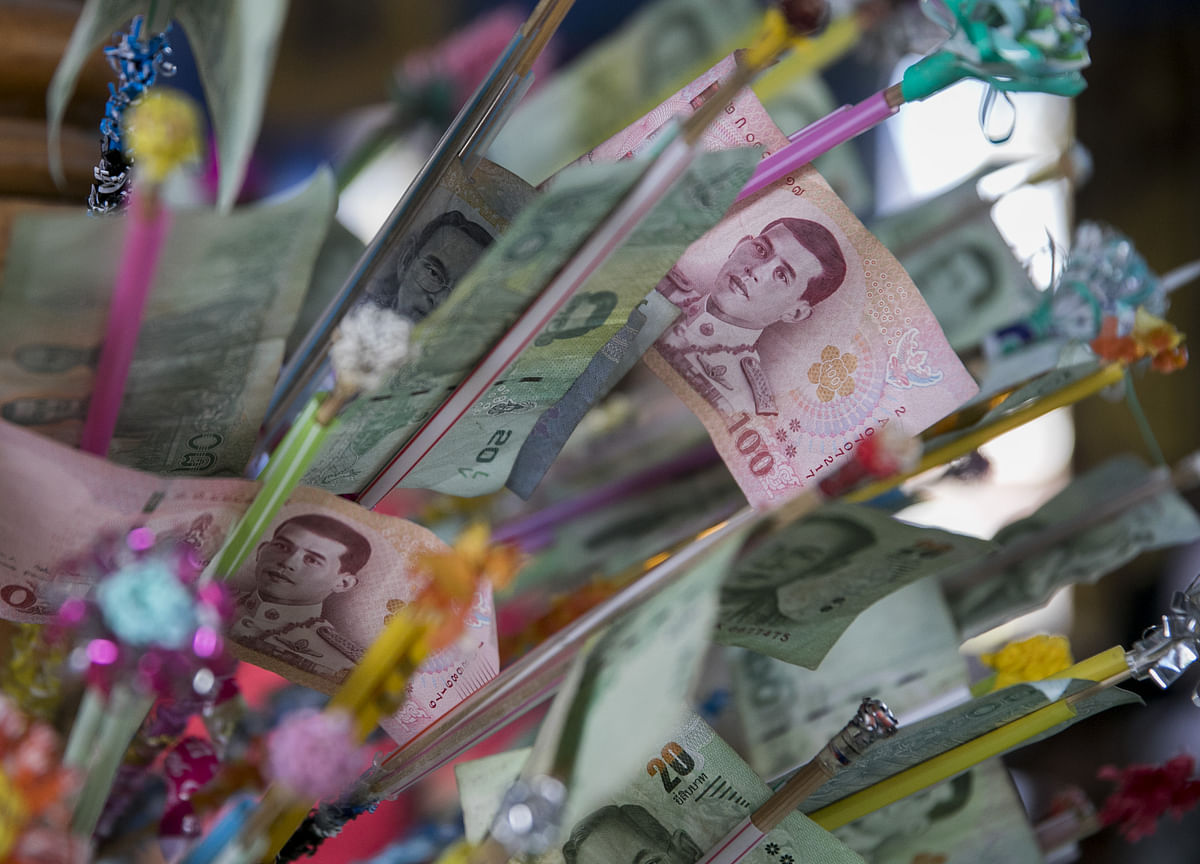 Thailand's Baht Falls to Lowest Level Since January
