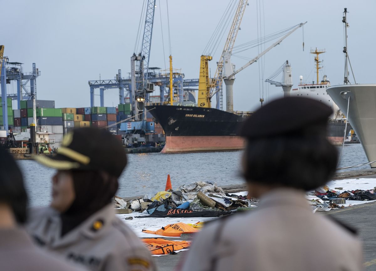 Indonesia Finds Cockpit Voice Recorder of Crashed Lion Air Jet