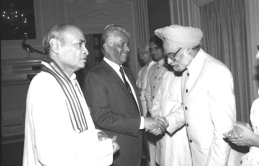 PV Narasimha Rao and Manmohan Singh in New Delhi. (Photograph: PIB)