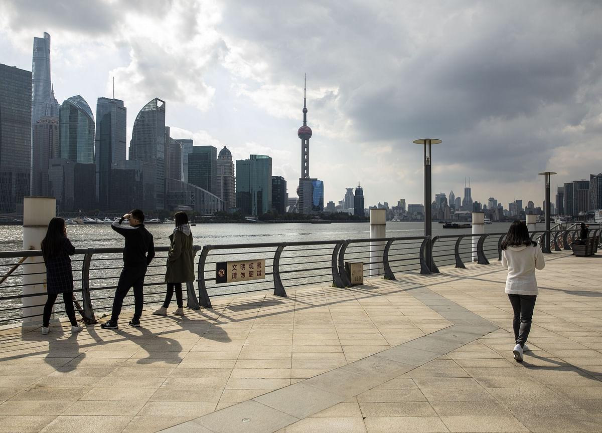 Goldman Sees China Lowering 2020 Growth Target to 'Around 6%'