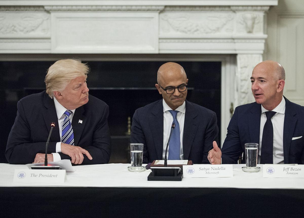 Trump Wishes Bezos Luck in His Divorce and Predicts 'a Beauty'