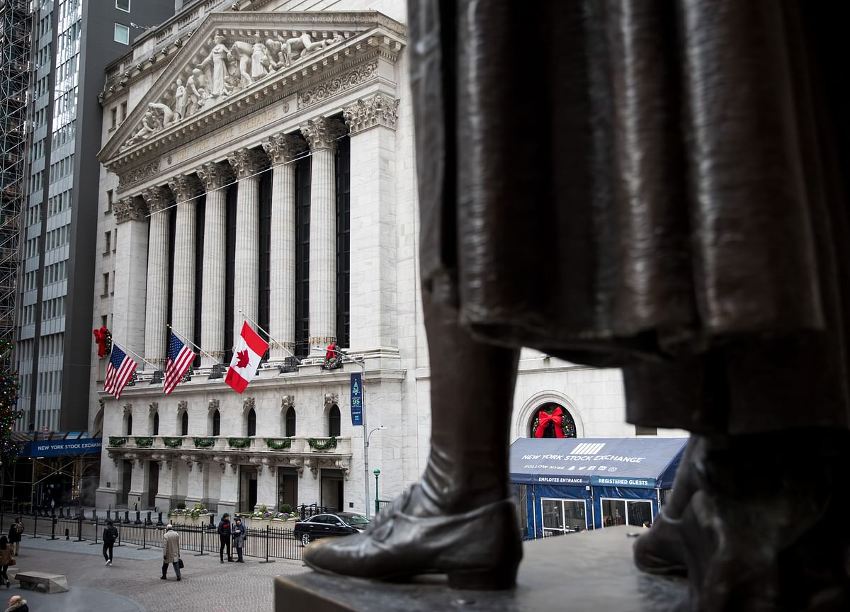 Stocks End Barely Lower With Late Session Rally: Markets Wrap