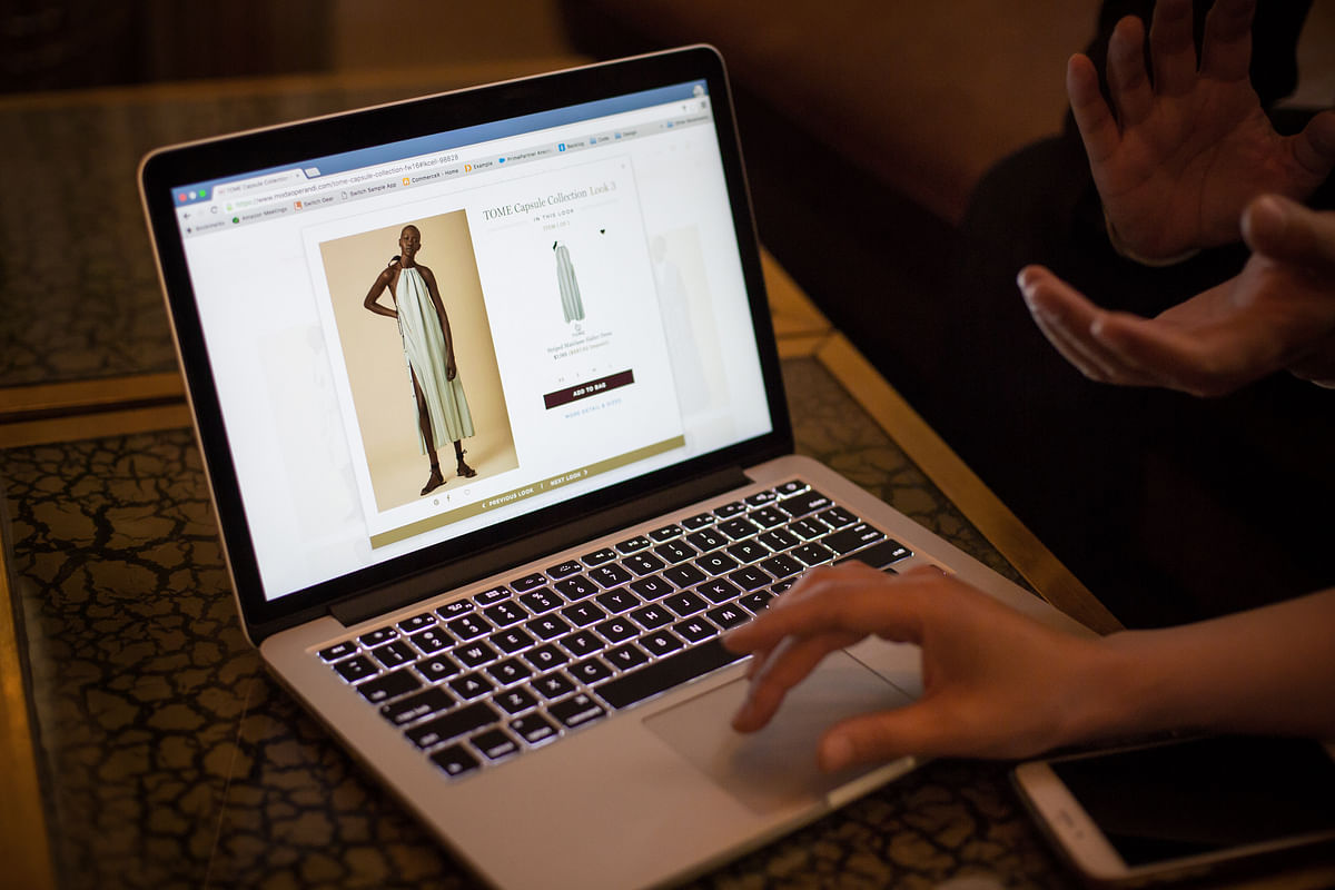 Google-Backed Glance Buys Shop101 To Expand Into Live E-Commerce