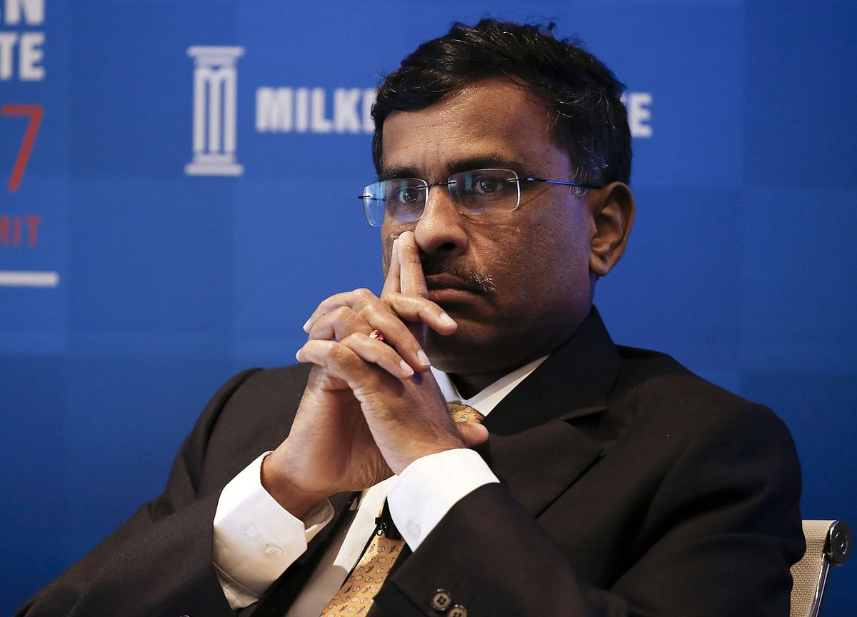 Institutional Participation Must For Physical Settlement To Succeed, Says Vikram Limaye