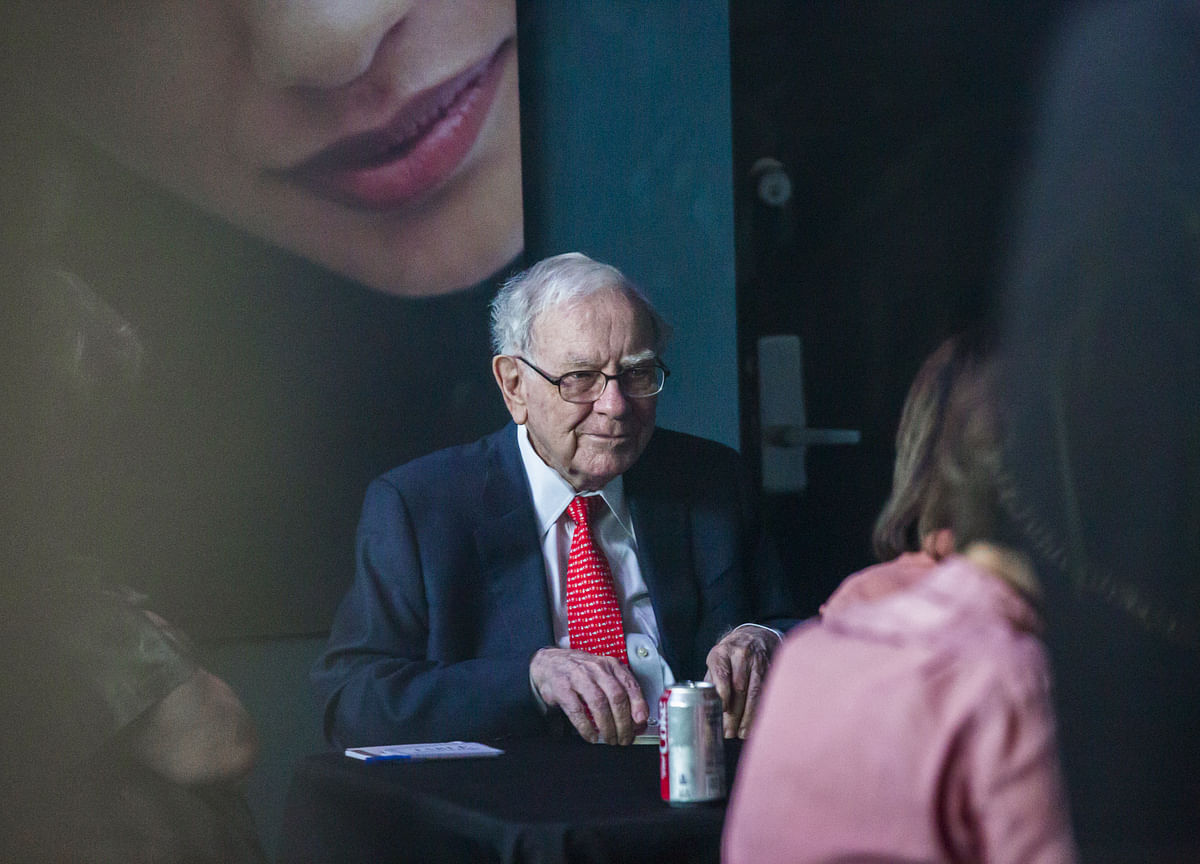 Buffett's Charity Auction Breaks Record With $4.57 Million Bid