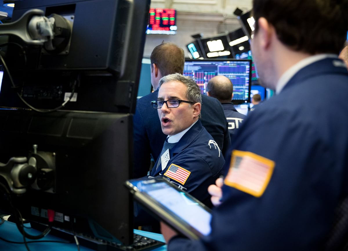 Stocks Edge Higher on Earnings; Treasuries Rise: Markets Wrap