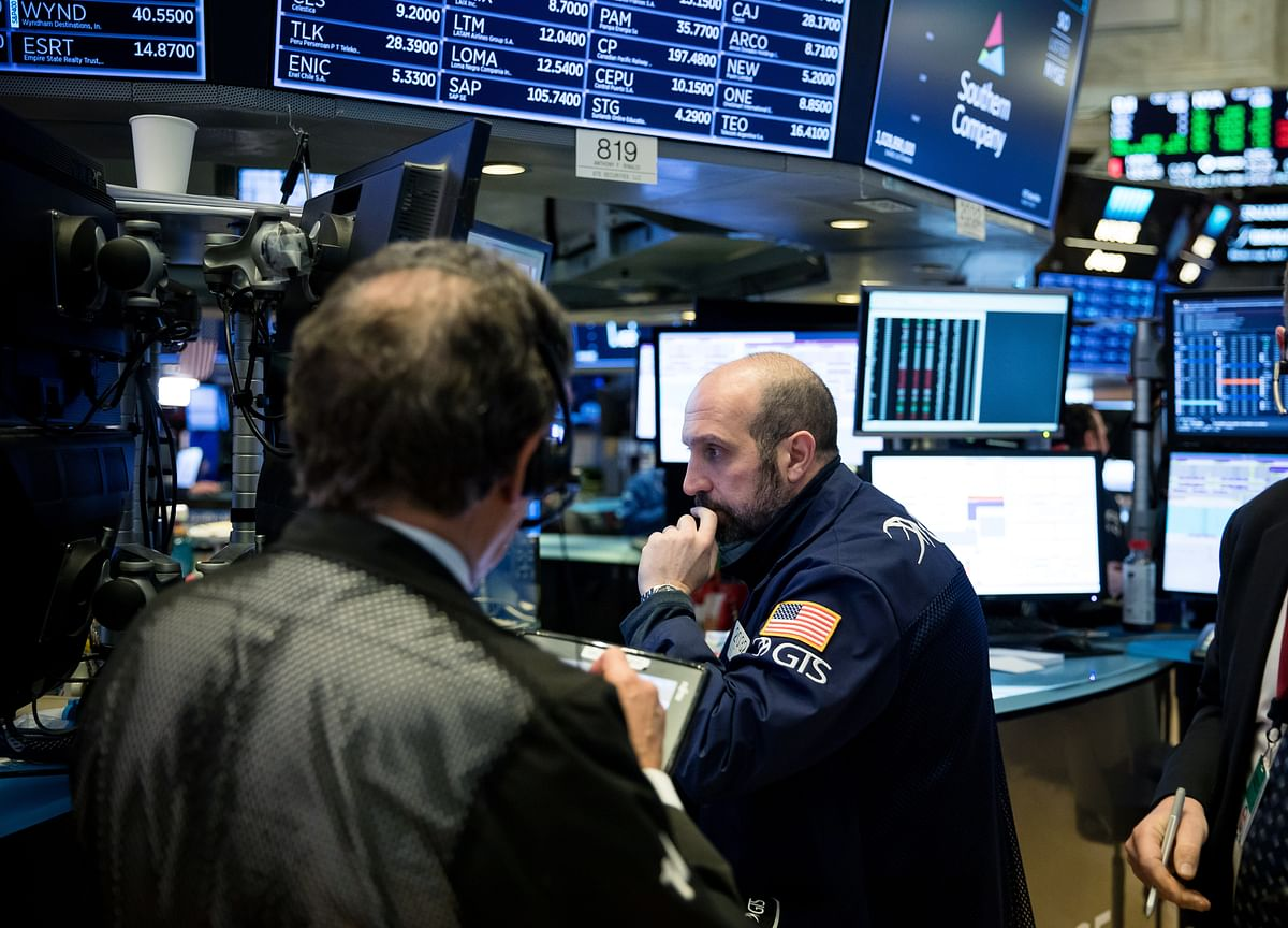 Stocks Close Lower; Pound Gains on May Promise: Markets Wrap