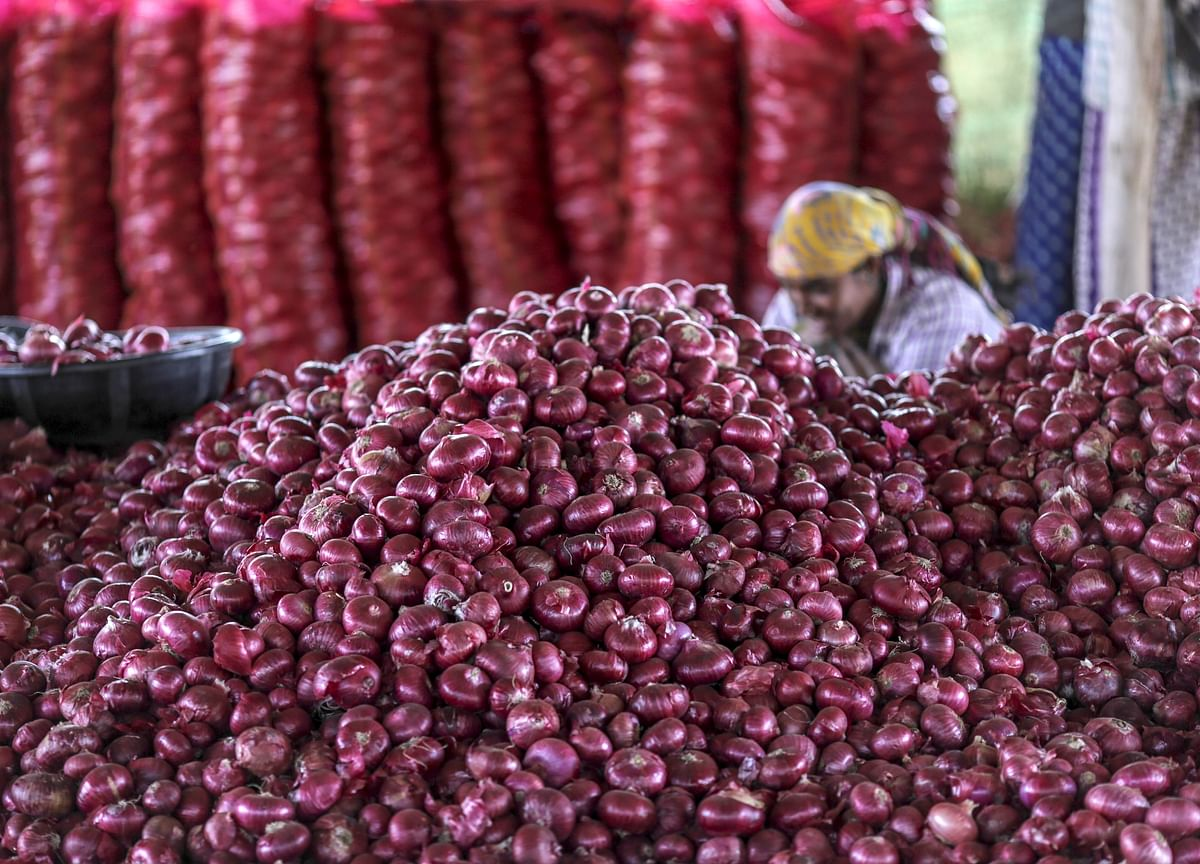 Centre Worried As Many States Not Keen To Take Imported Onions