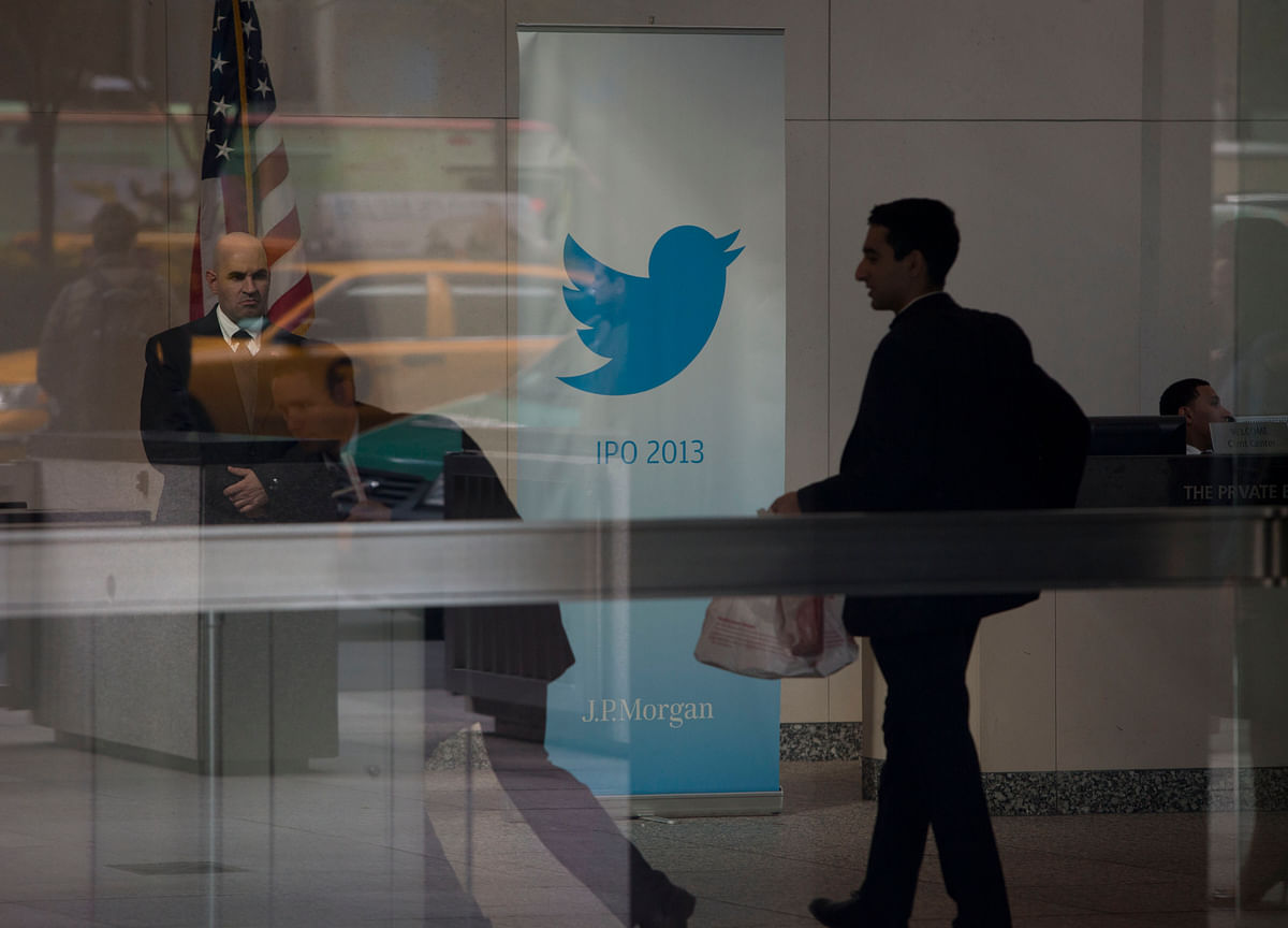 Twitter Faces High Earnings Bar After Facebook, Snap's Surprises