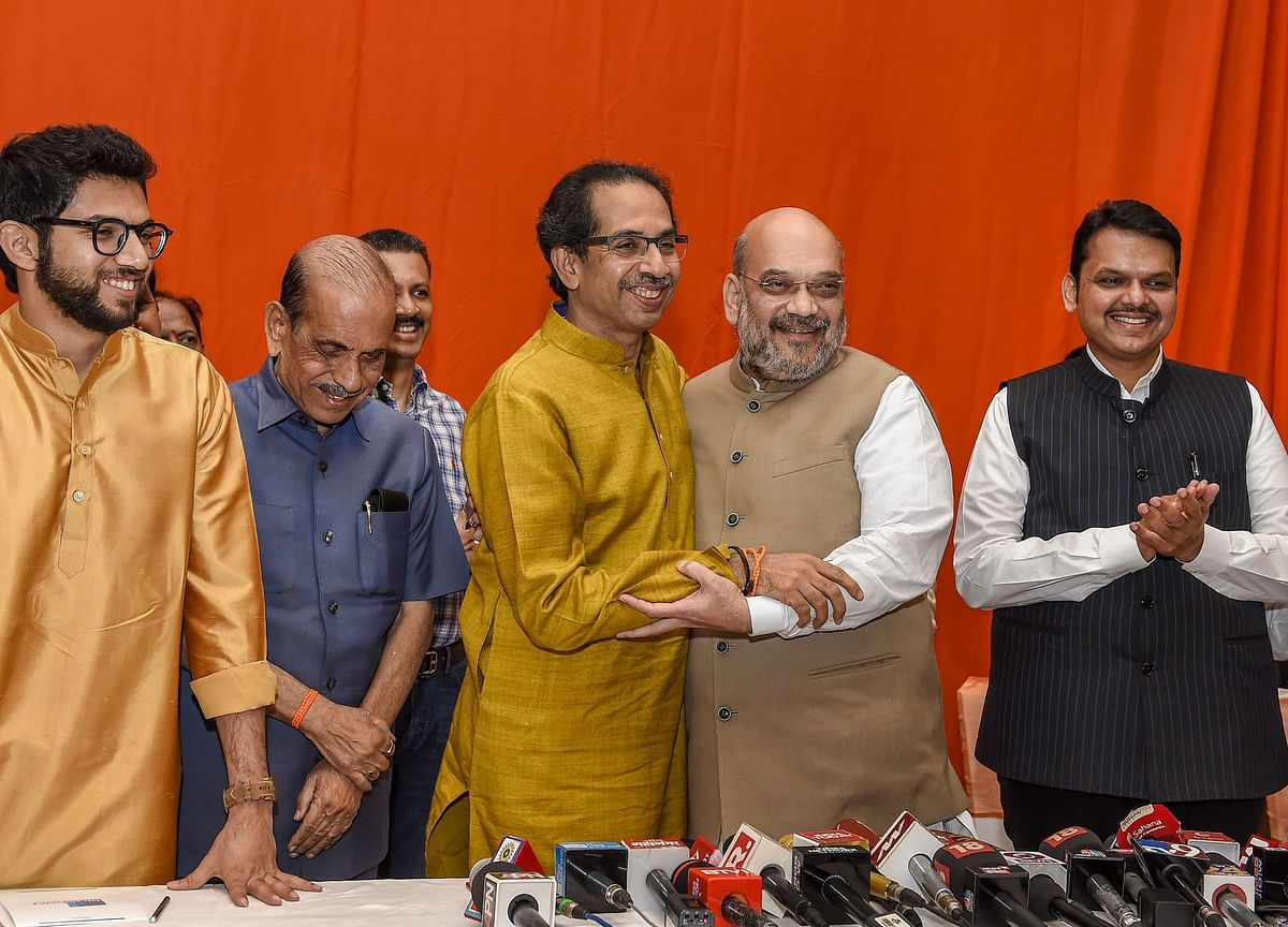 BJP Takes 25 LS Seats in Maha, Shiv Sena Gets 23 in Pre-Poll Deal