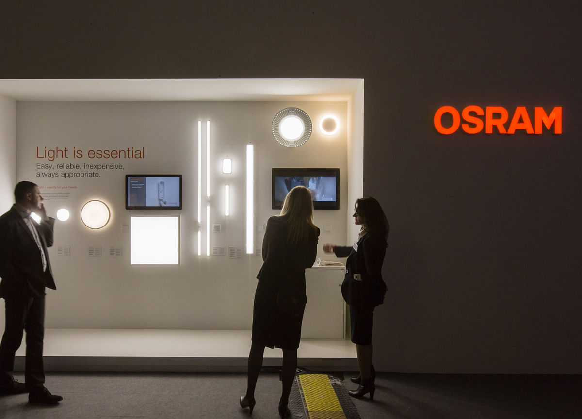 Bain, Carlyle Are Weighing a Joint Bid for Germany's Osram