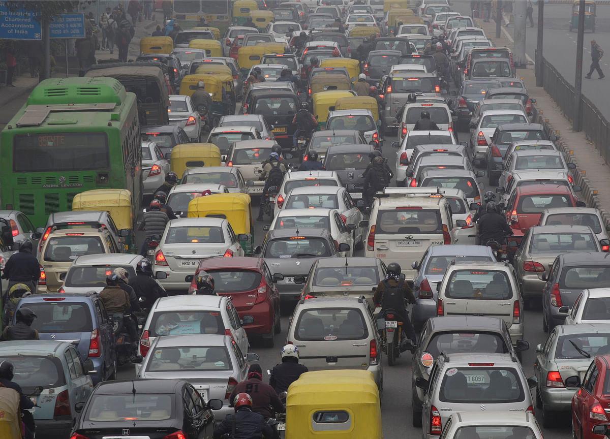 Delhi Needs More Buses, Walkways, Cycles To Fight Traffic, Pollution