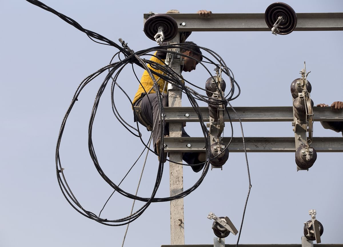 Government Says 3.2 Lakh Households Remain Un-Electrified As Of August-End