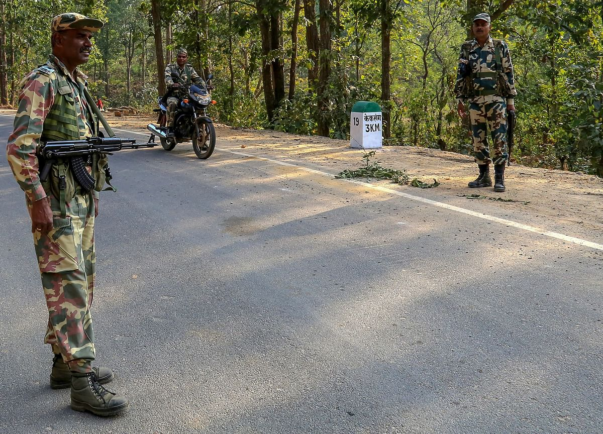 A Tale Of Two Bandits: Naxals And The Indian State