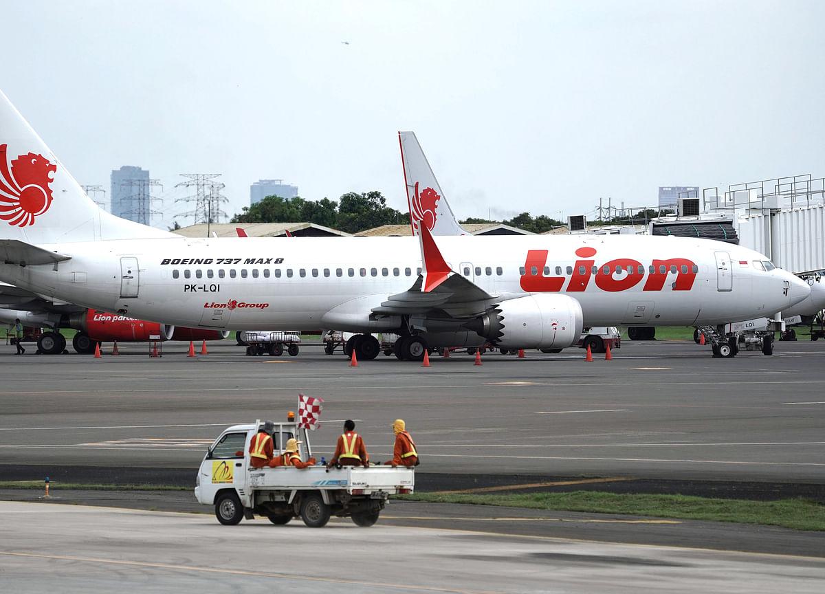 Indonesia's Lion Air StartsWork on $1 Billion IPO