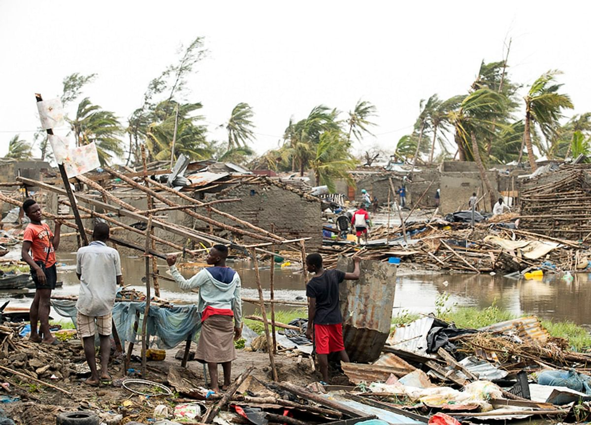 Death Toll May Top 1,000 After Cyclone Rips Through Mozambique