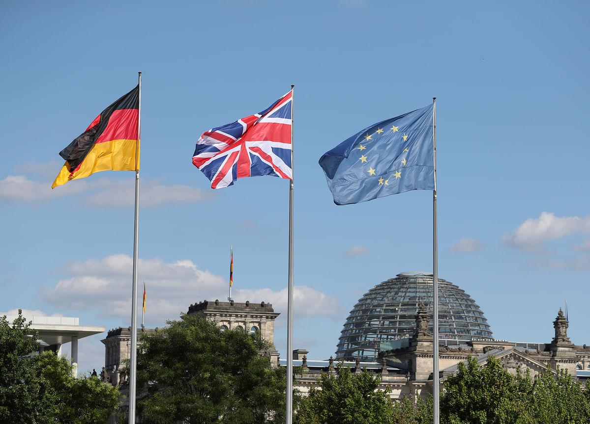 Germany Blames 'Silver Spoon' U.K. Elite for Brexit Chaos