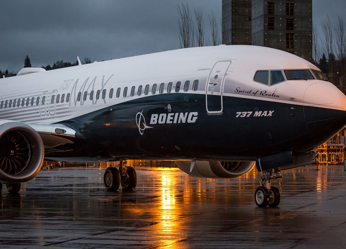 Boeing Suspends Earnings Forecast on Grounding of 737 Max