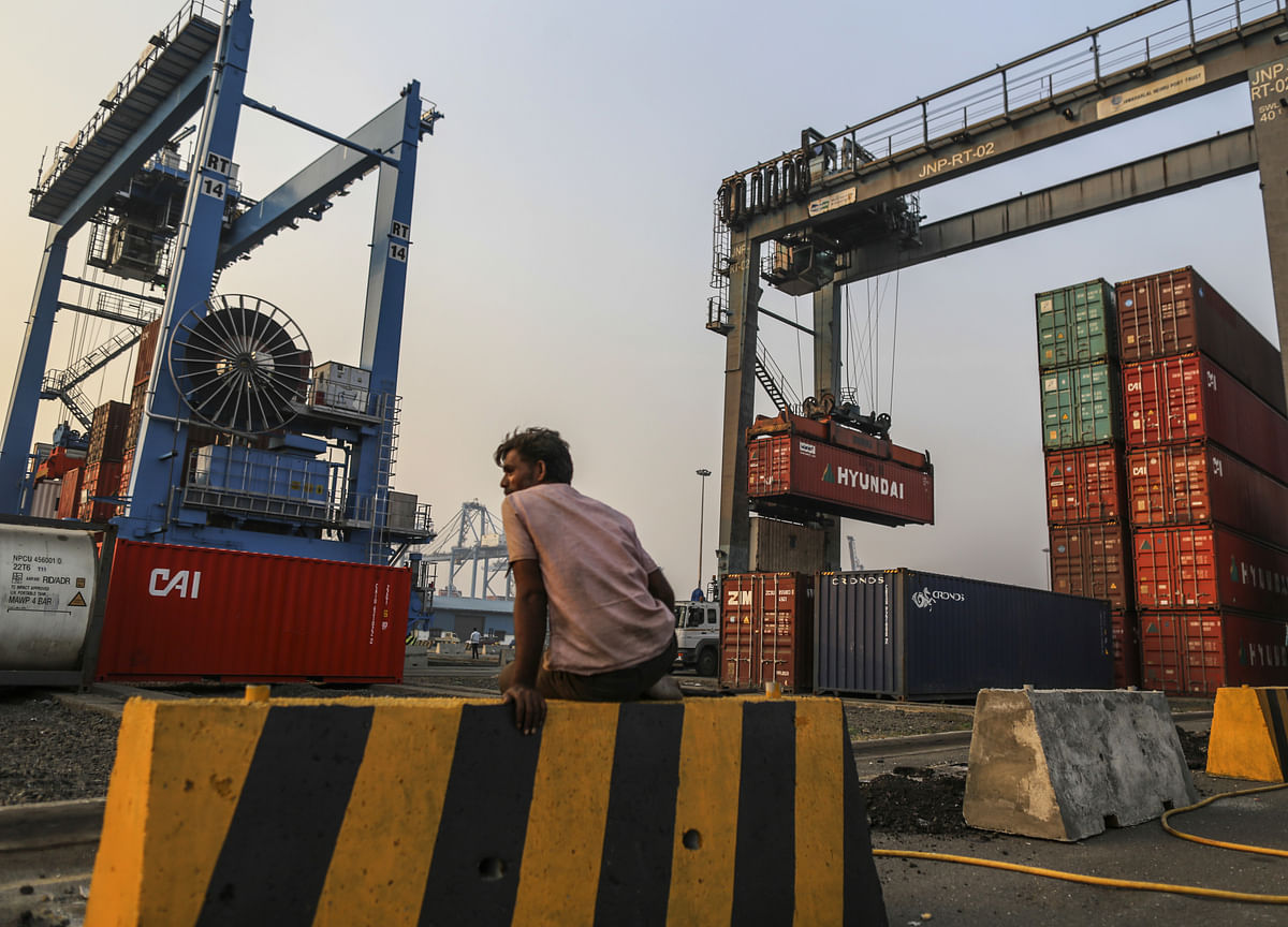 India's Trade Deficit Widens In March