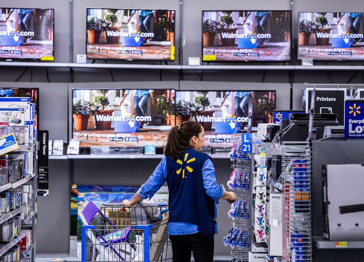 Walmart Boosts Starting Hourly Pay to $12 for Some Staff in Test