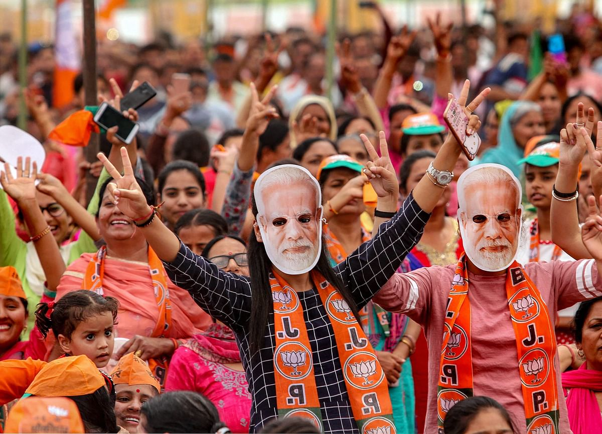 Private Jets Booked Up Across India to Give Modi Campaign Edge
