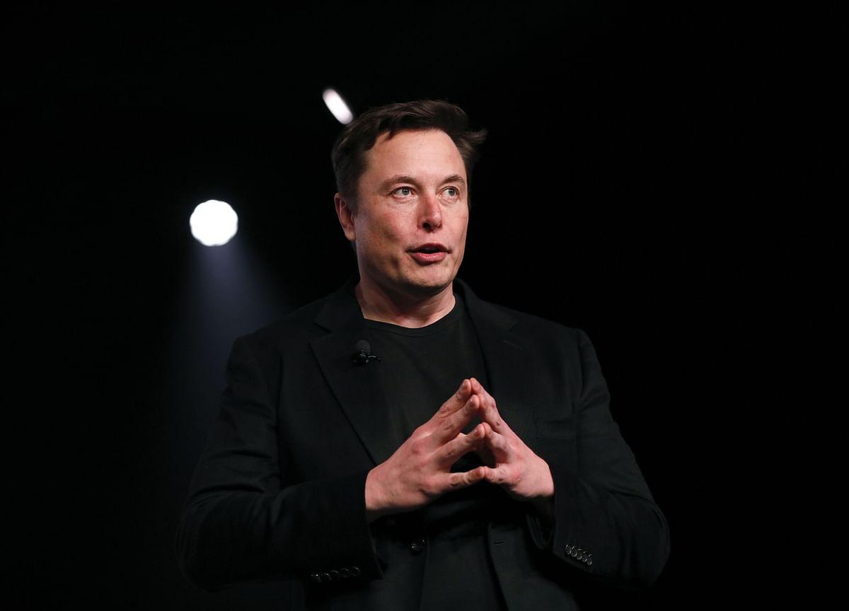 Elon Musk Tweet to Get Review From Judge as SEC Seeks Sanctions
