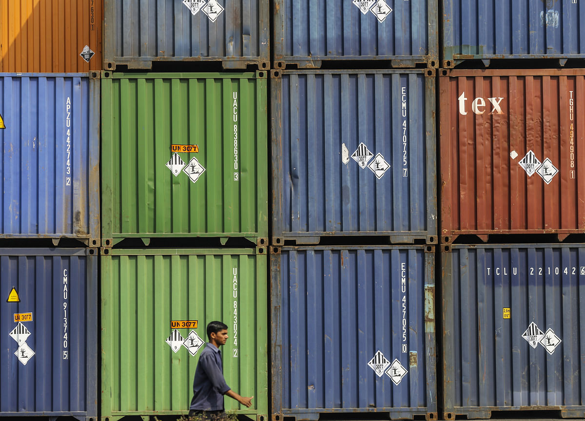 India Export Outlook Turns Bleaker As Global Growth Slows
