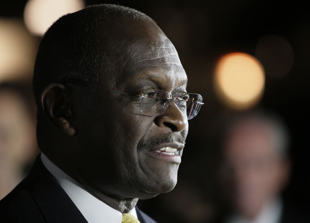 Trump Says Herman Cain, Ex-Pizza Executive,Is in 'Good Shape' for Fed Seat