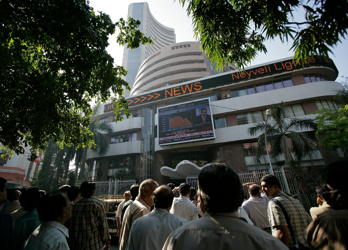 Investors Brace for Crucial Week With Yes Earnings, Lodha Bonds