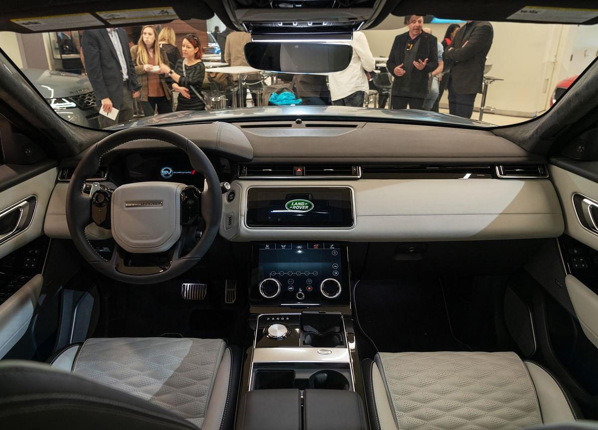 Jaguar Land Rover Leans on U.S. Amid China Slump, Brexit Turmoil