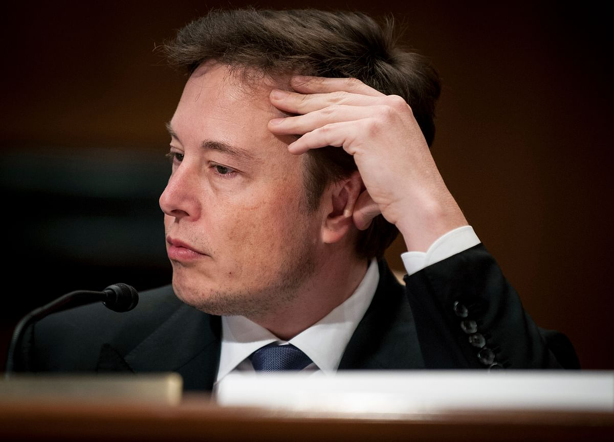 Elon Musk Loses $1 Billion in Two Minutes as Tesla Shares Tumble