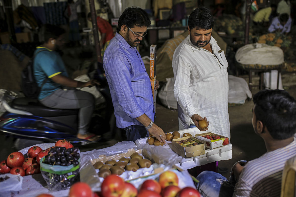 Consumer Confidence Rises Sharply In March Quarter, Shows RBI Survey
