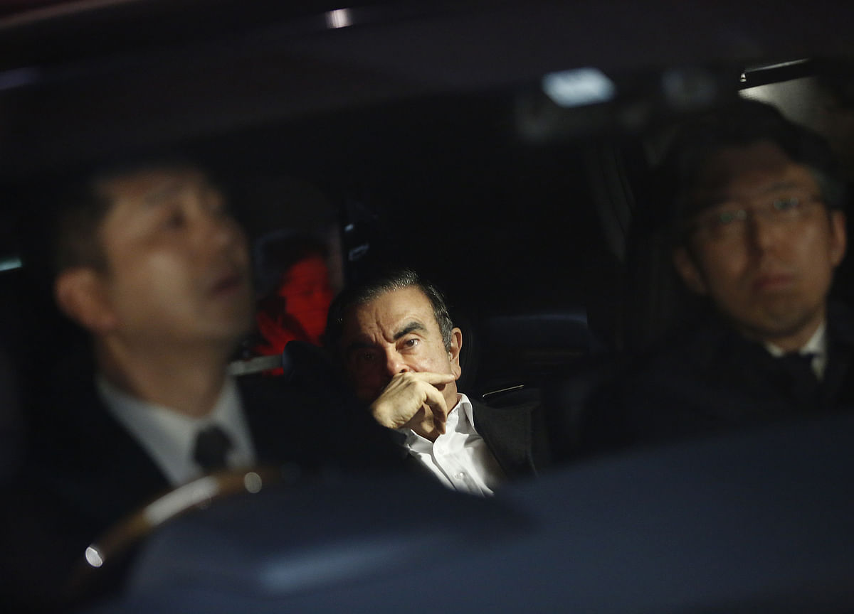 Ghosn Rearrested on New Charges, Vows `I Will Not Be Broken'