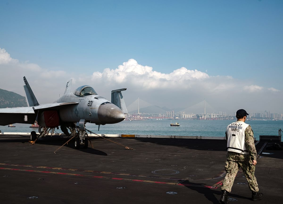 U.S. Sends Aircraft Carrier to Mideast as Warning to Iran
