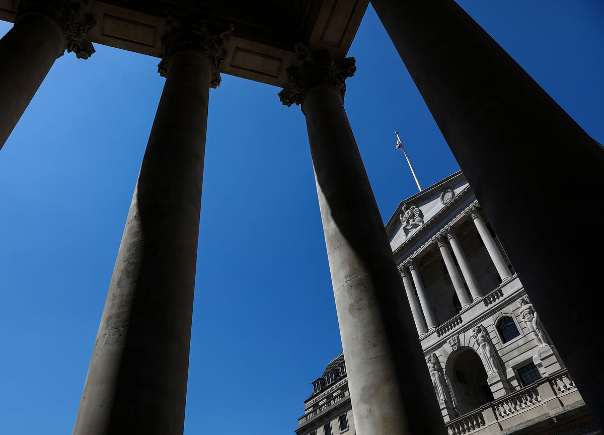 Wildcard for Bank of England Race Is Whether Government Survives
