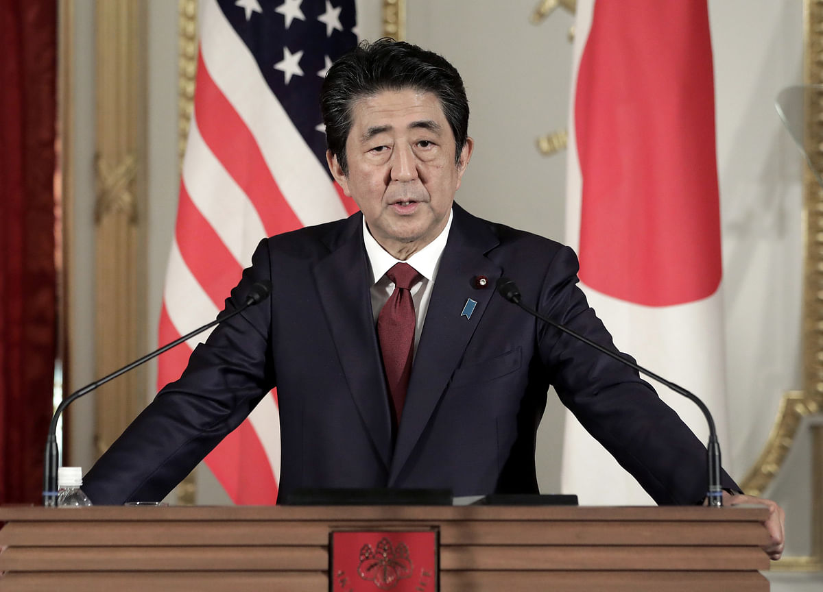 Abe Flirts With Early Election Ahead of Japan Sales Tax Increase