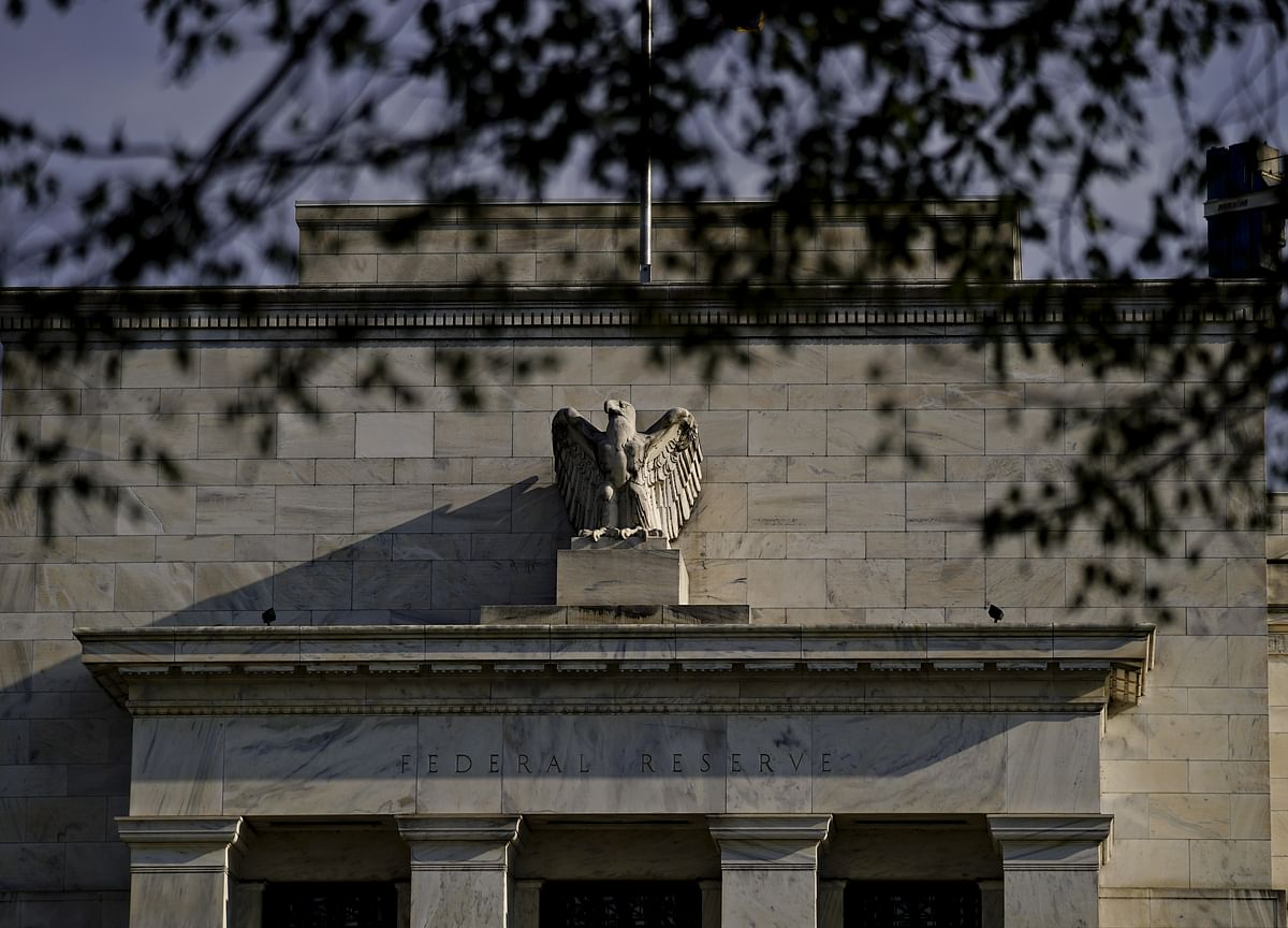 Sell Treasuries on Bet Market Wrong About Fed, Aberdeen Says