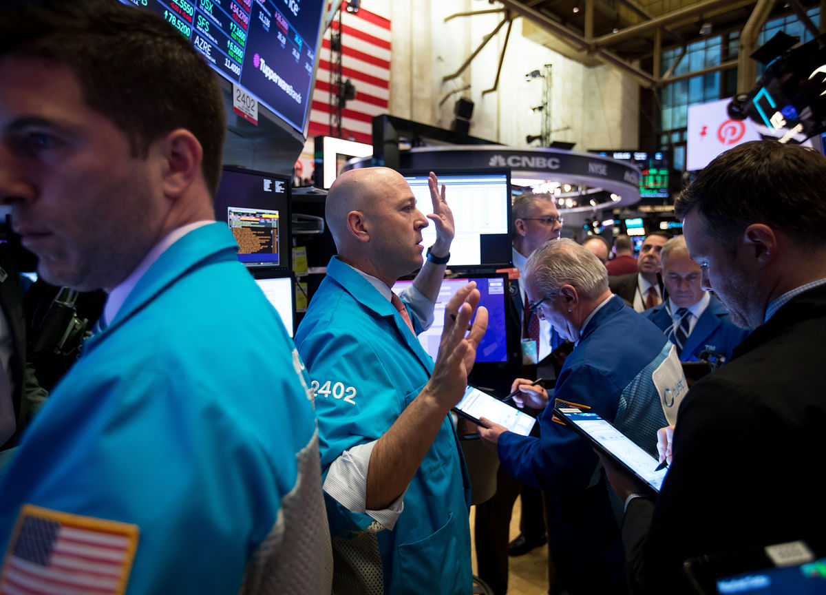 U.S. Stocks Extend Slide as Trade Tensions Simmer: Markets Wrap
