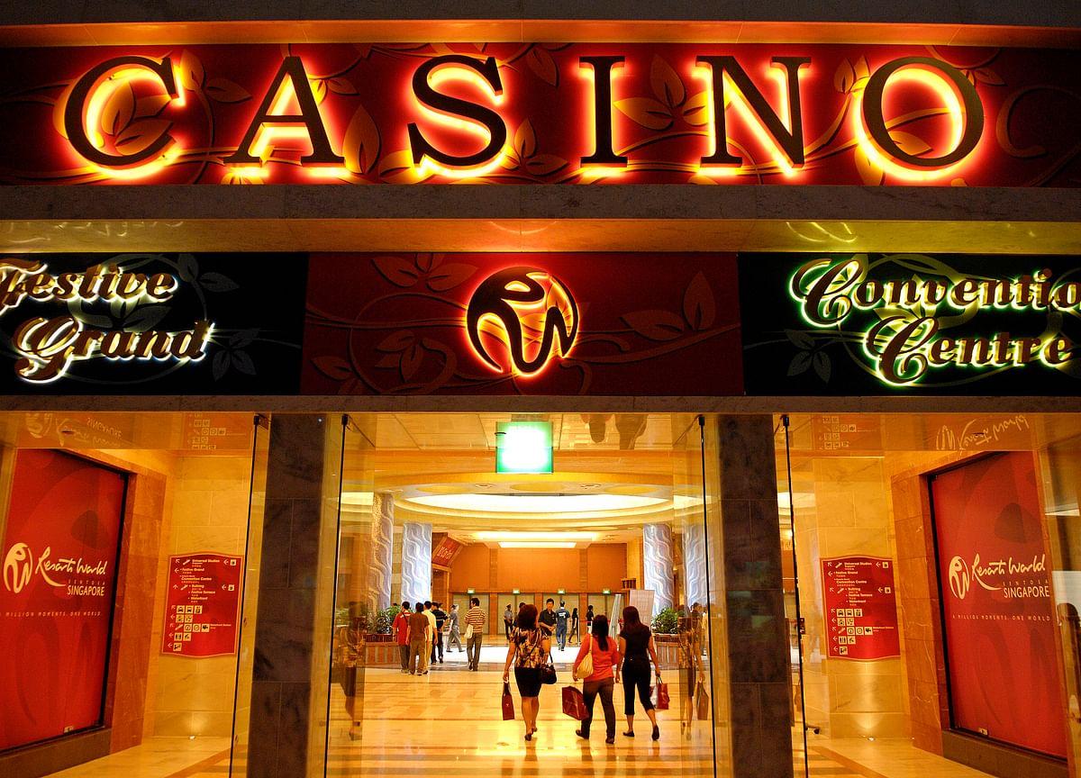 Singapore Fills Coffers With Nearly $1 Billion on Casino Visits