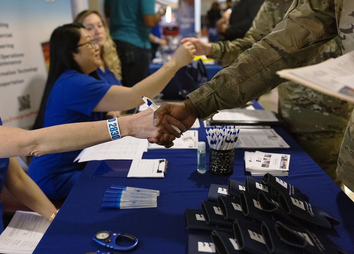 U.S. Job Openings Increase by Most in a Year, Topping Estimates