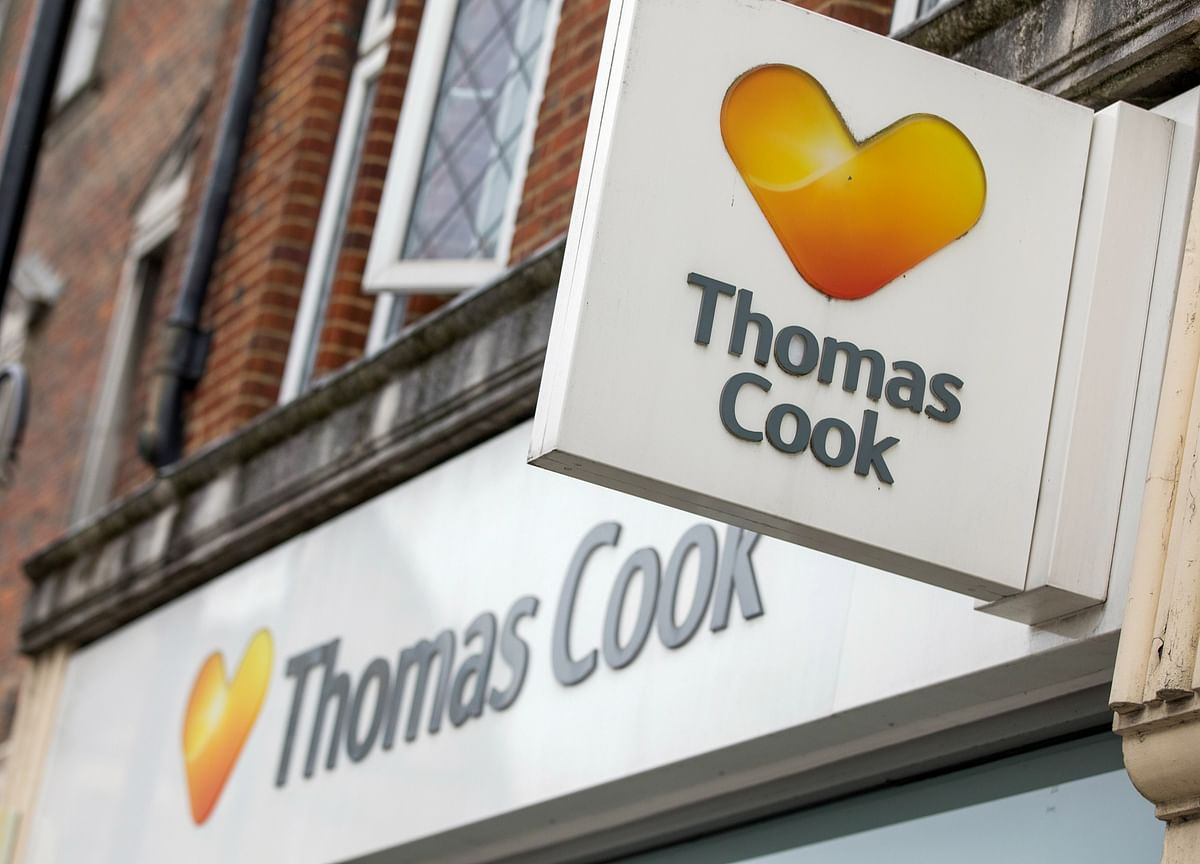 Chinese Conglomerate Considers $940 Million Rescue of Debt-Strapped Thomas Cook