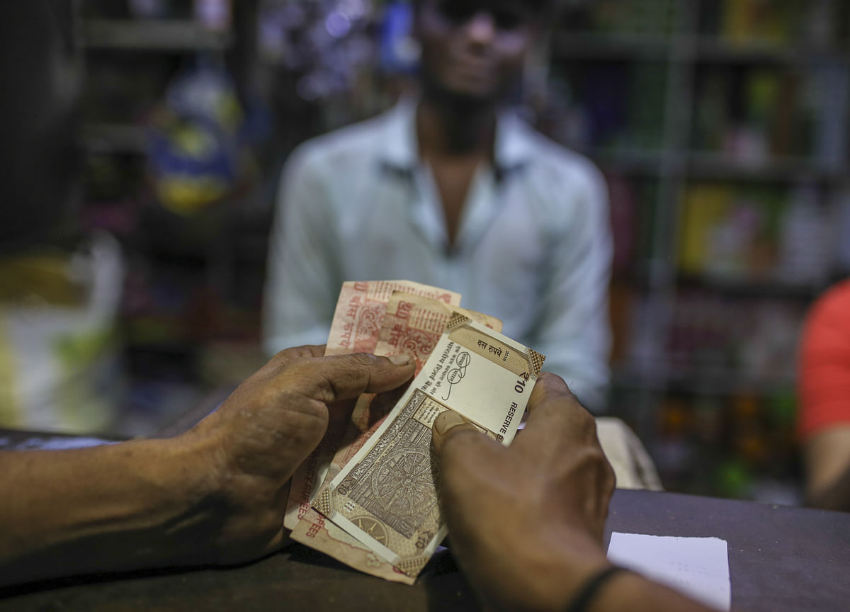 RBI Needs To Infuse Liquidity Into The Economy, Axis Mutual Fund's Sivakumar Says