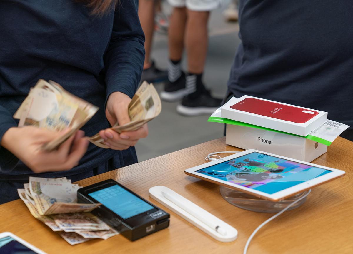 World's Top Moneymakers: Apple Aces Again, Autos Crash Out