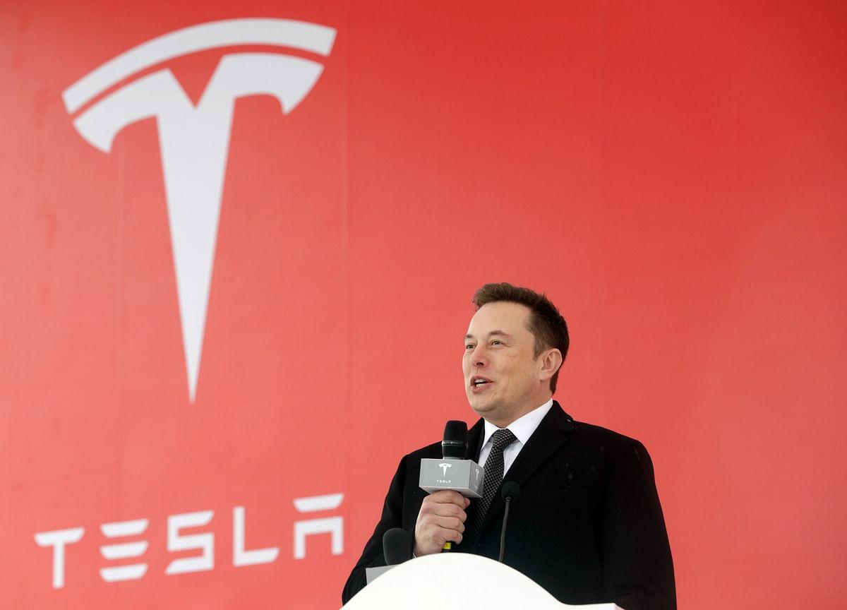 Elon Musk Makes$500 Billion Autonomy Pitch to Investors