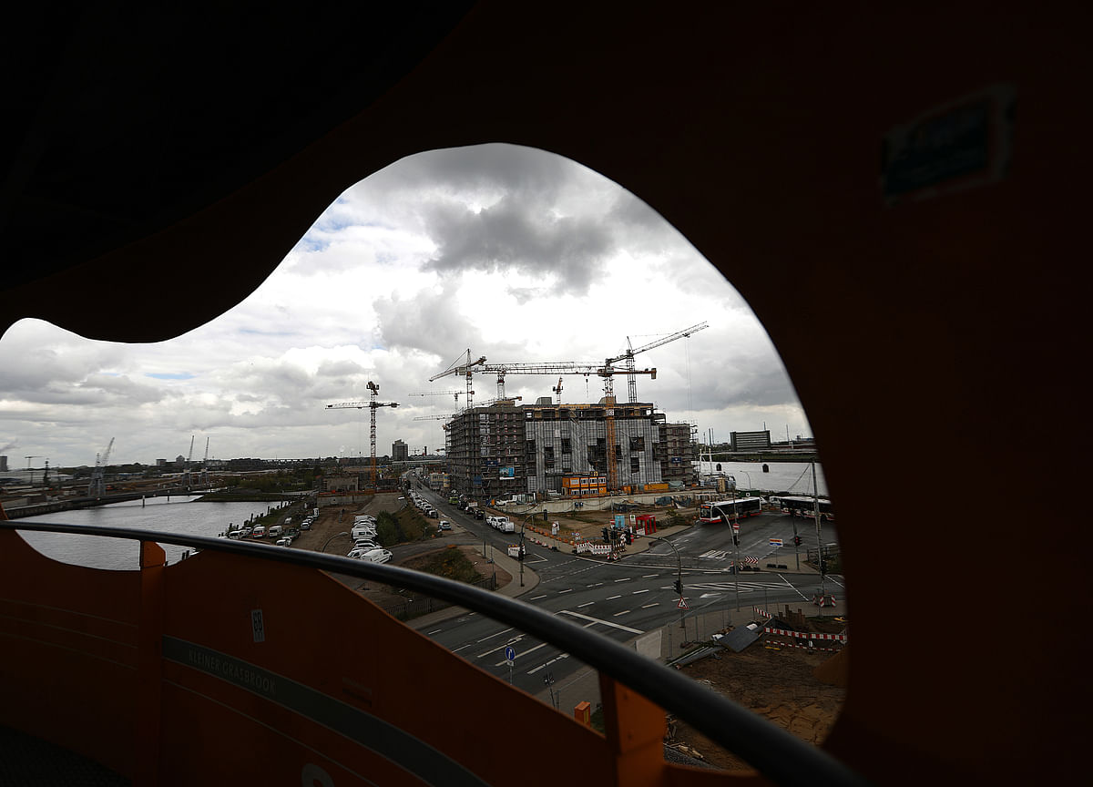 EU Cuts German Growth Outlook, Sees 'Pronounced' Euro-Area Risks