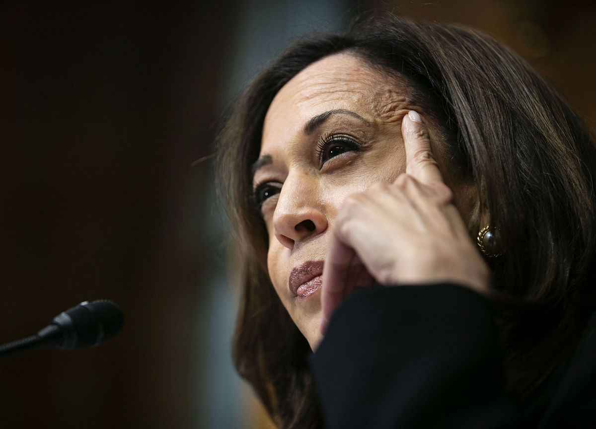 Kamala Harris Faces Risks Tiptoeing Between Moderation and Revolution