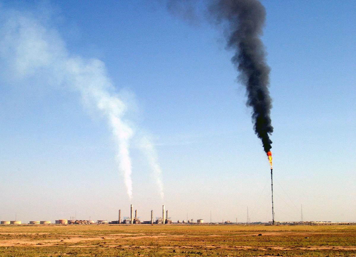 Iraq Rocket Explodes Near Exxon Oil Field Workers' Camp