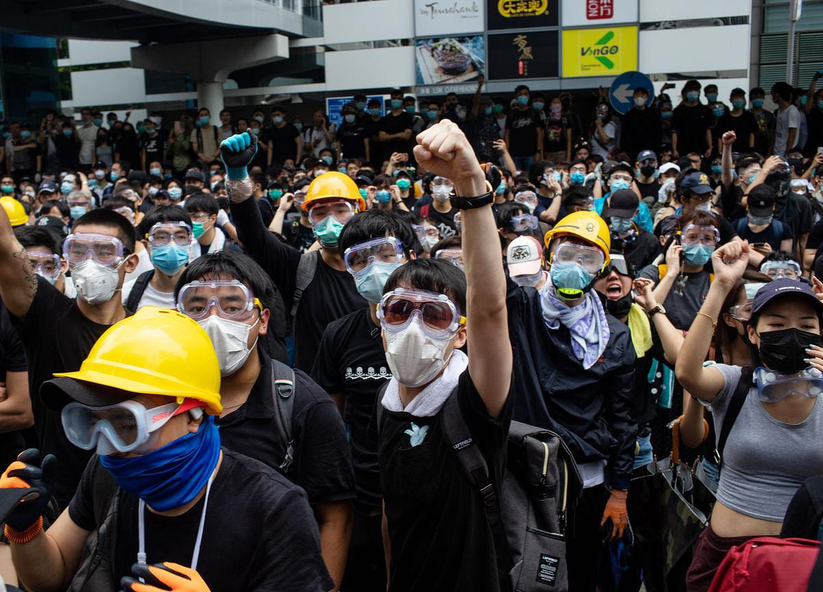 Trump Says Xi Should Meet 'Personally' With Hong Kong Protesters